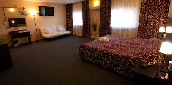 Abazhur Hotel: Полу-люкс