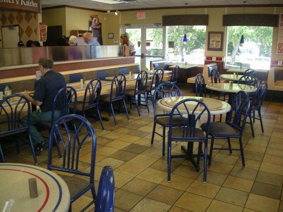 KFC: Dinning Area