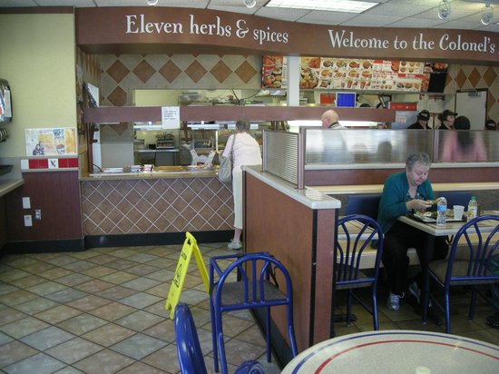 KFC: Buffet Line