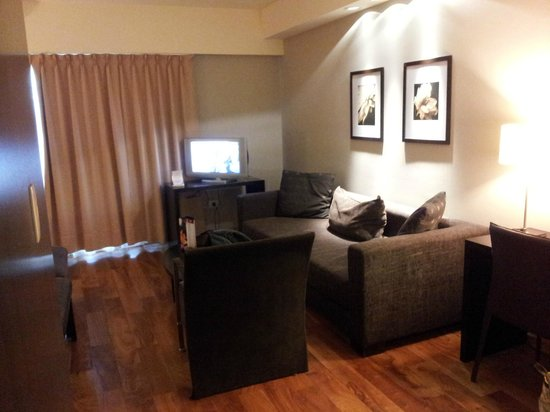 Urban Suites Recoleta Boutique Hotel : Tv