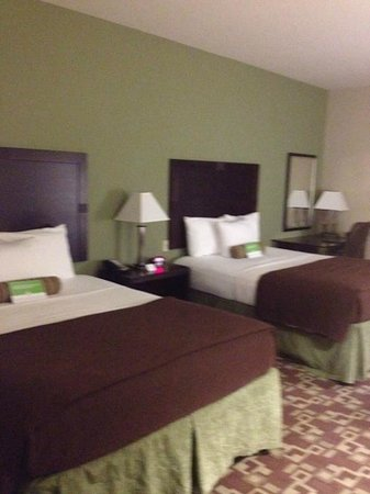 La Quinta Inn & Suites Fort Walton Beach: Two Queen bed room