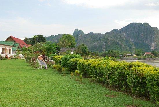 Thavonsouk Resort: Территория отеля