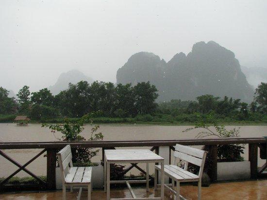 Thavonsouk Resort: Вид с террасы ресторана