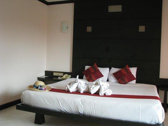 Huahin Loft Hotel: Кровать