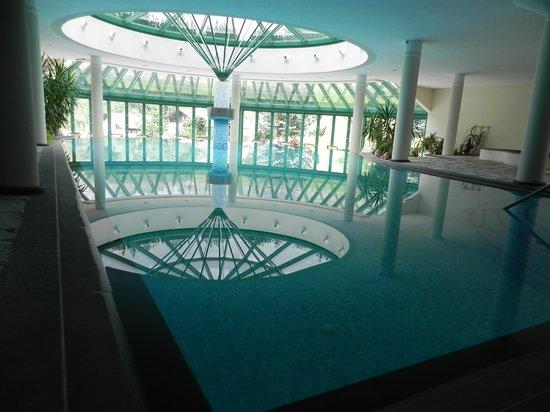 La Perla Hotel: La piscina