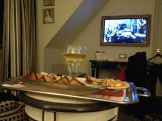 Villa Lara Hotel: Dinner