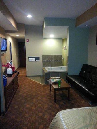 jacuzzi suite picture of comfort suites monaca monaca tripadvisor rh tripadvisor com
