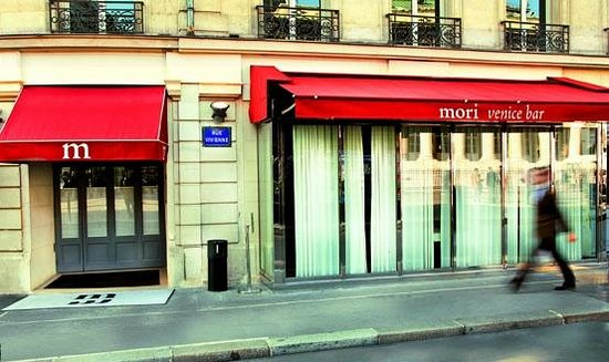 facade picture of mori venice bar paris tripadvisor. Black Bedroom Furniture Sets. Home Design Ideas