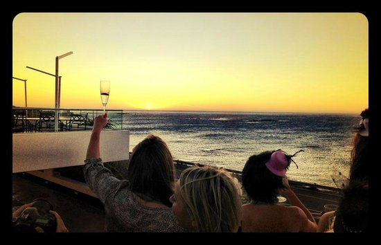 The Twelve Apostles Hotel and Spa: Sunset