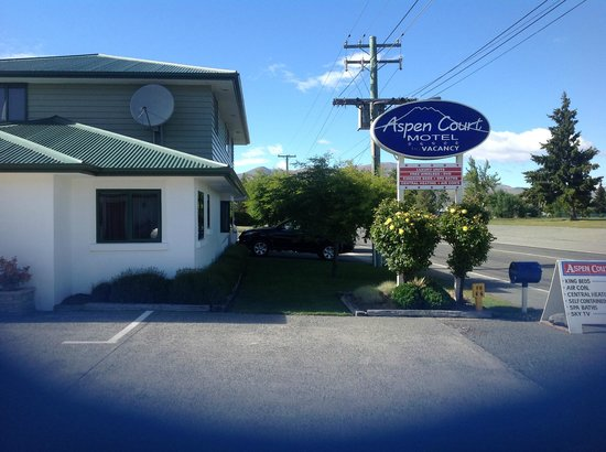 Aspen Court Motel - Twizel: Twizel overnight stay
