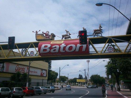 Garoto Chocolate Factory : COMPRE BATOM