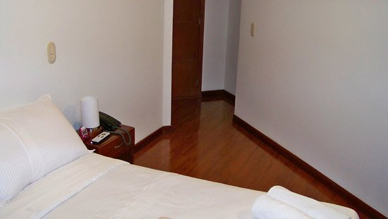 Ambar Hotel: Room