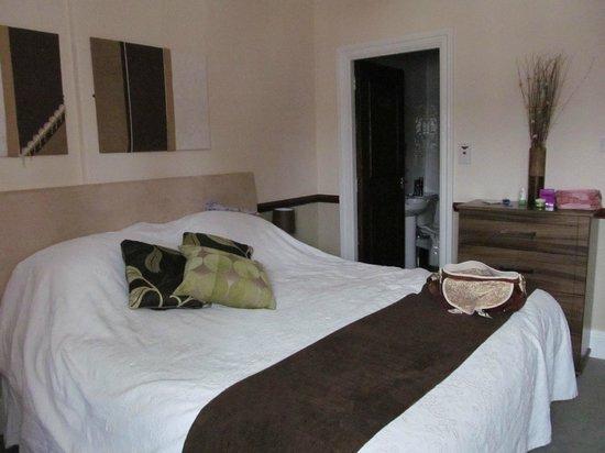 Royal Oak Inn: Room 2