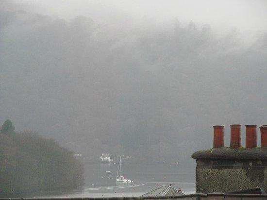 Royal Oak Inn: View of Lake from room 2