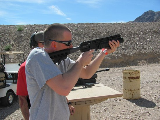 Desert Hills Shooting Club: Grenade launcher