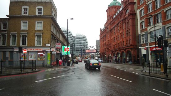 Premier Inn London City (Old Street) Hotel: Rua