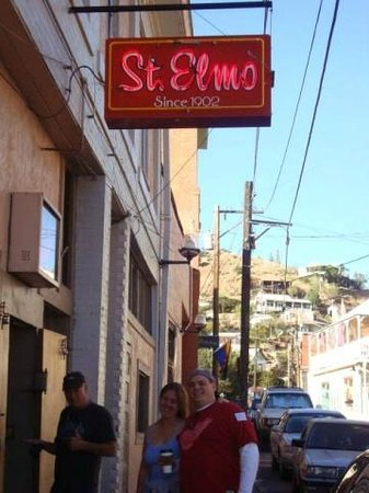 ‪St. Elmo's Bar‬