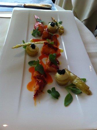 Belmond Le Manoir aux Quat'Saisons : Lobster starter