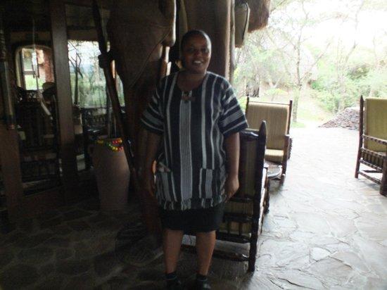 Serengeti Serena Safari Lodge: Vores glade veninde, der fortalte nyheden om Gadaffi, Serengetti Serena Safari Lodge