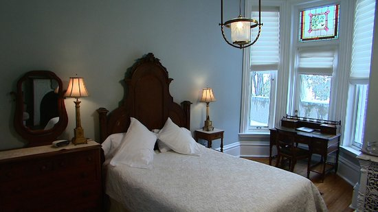 Hotel Belvedere: And the beds are very comfortable.