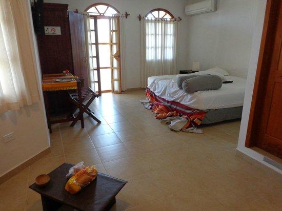 Hotel Galapagos Suites: Interior de habitación