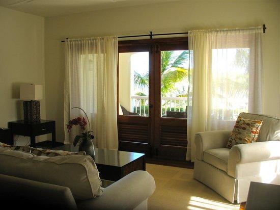 Nonsuch Bay Resort: Living room