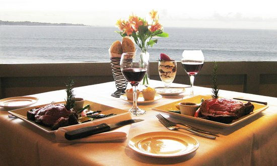 Monterey Tides: Wednesday special Prime Rib Dinner at Cafe Beach