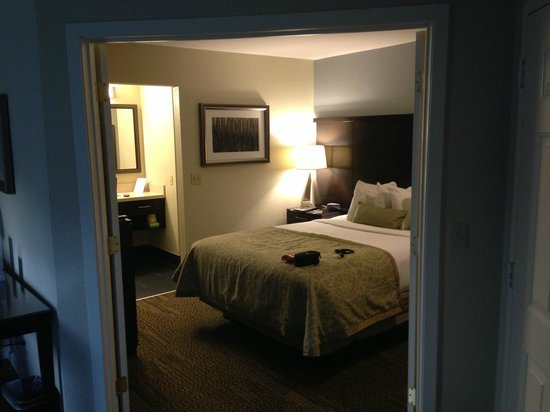 Staybridge Suites Chatsworth: Bedroom