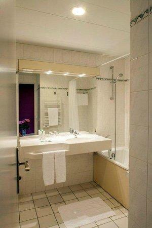 Hotel de l'Europe : Salle de bain