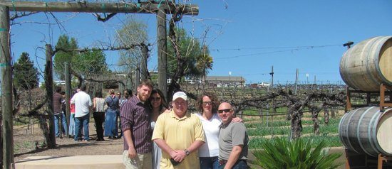 Wilson Creek Winery: The courtyard