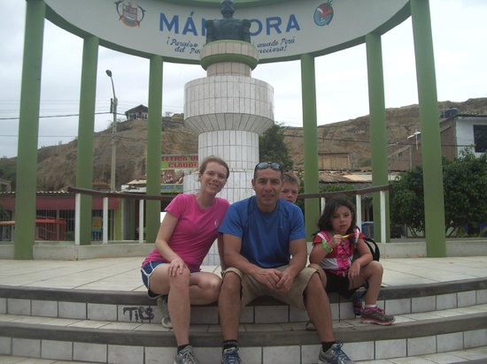 Puerto Palos: Mancora Center