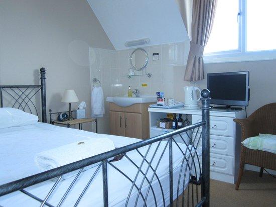 Dorchester Guest House: Small Double / Single Ensuite