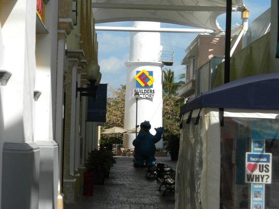 Inside mall looking towards Lego World Store - Picture of La Isla ...