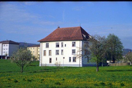 Cugy, Schweiz: Ecole primaire (Ancien château)