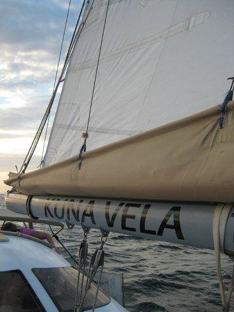 Kuna Vela Sailing Tours: on board / sail