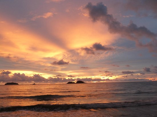 The Emerald Cove Koh Chang : Stunning sunset