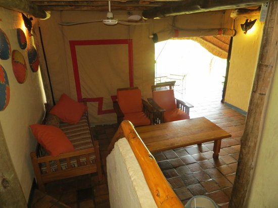 Lokuthula Lodges: Tent opening to back area