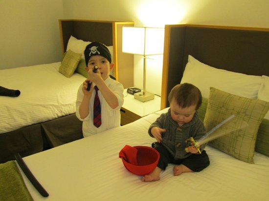 Coast Bastion Hotel: Kids trying out all the Pirate Gear that came with the Package