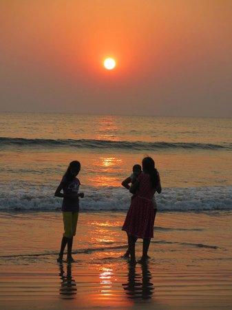 Palolem Guest House: Gorgeous sunset at Palolem Beach