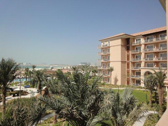 The Ritz-Carlton, Dubai: View towards the garden from the hotel room