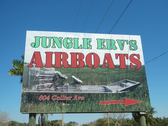Jungle Erv's Everglades Airboat Tours : Sign by road for sign up
