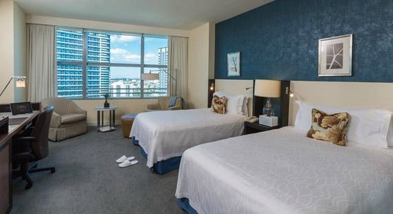 Conrad Miami: Deluxe rooms with two double beds