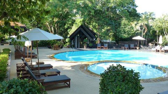 Kamala Beach Estate: The Pool