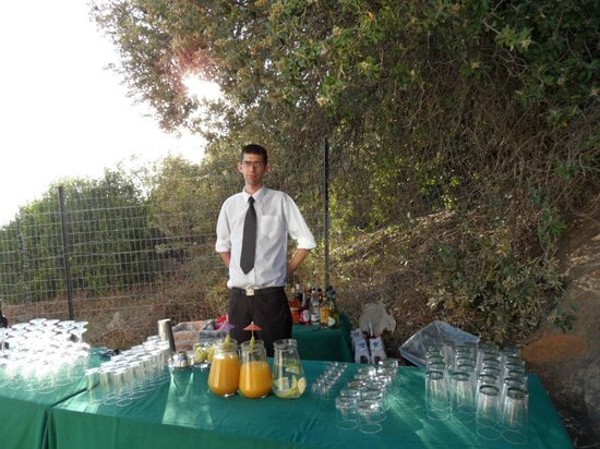 Monkey Valley Resort: The Barman at our wedding