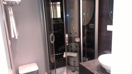Hotel Pilar Plaza: baño