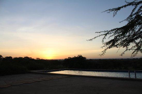 Osupuko Lodge: Amanecer