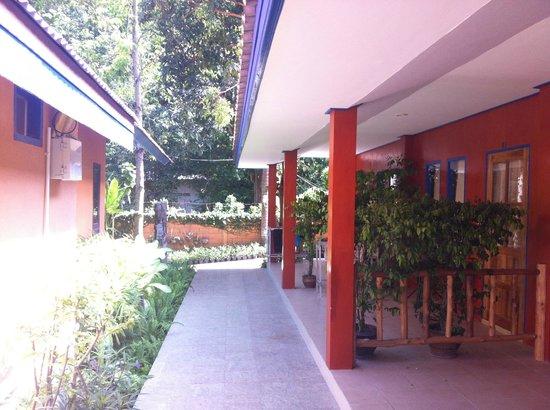 "Lawana Resort: ""Garden"" Zimmer mit Wand"