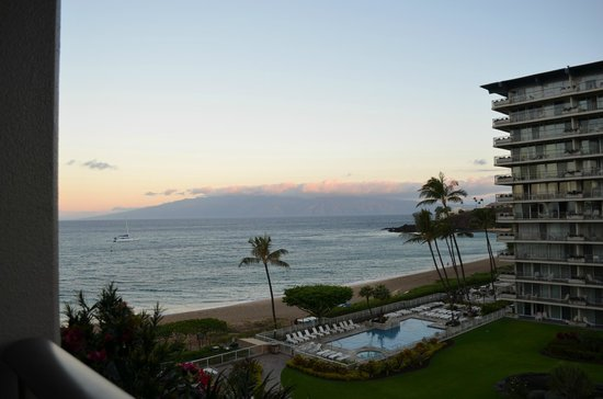 Aston at The Whaler on Kaanapali Beach: Looking towards black rock