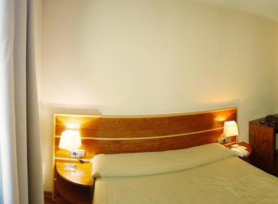 HLG CityPark Pelayo Hotel: Quarto