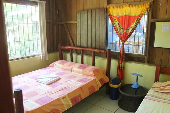 Martina's Place Hostel: Room with shared bath, 2 pers. $35, 3 pers. $45